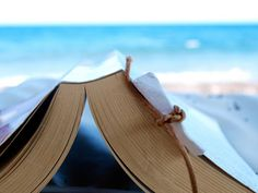 Beach reading is the best. Books To Read In Your 20s, I Love Books, Good Books, Beach Reading, Love Reading, Reading Lists, Reading Time, Book Lists, Reading Club