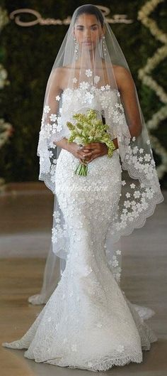 Angle Cut Tulle Cathedral Veil with Floral Appliques & Scalloped Lace