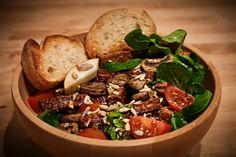 Mandeltofu-Pilz-Birnen Salat