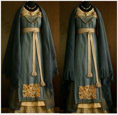 Viking dress (From Savelyeva Ekaterina, Facebook)