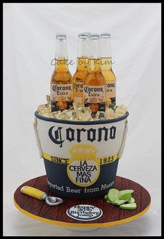 I would love this cake 😍 Corona Cake, Corona Beer, Crazy Cakes, Fancy Cakes, Unique Cakes, Creative Cakes, Cupcakes, Cupcake Cakes, Bottle Cake