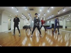 ▶ SHINee 샤이니_'Everybody' Dance Practice ver. - Watch how they nailed the difficult moves, very sharp, powahful, energetic. Taemin really stood out to me, he's the most fantastic elastic, crisp, and he made the moves more beautiful/graceful somehow *_*