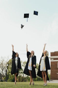 College graduation photos, at Western Michigan University, WMU East Campus. RTB … College graduation photos, at Western Michigan University, WMU East Campus. RTB go broncos. Nursing Graduation Pictures, Graduation Picture Poses, College Graduation Pictures, Graduation Photoshoot, Grad Pics, College Fun, Graduation Ideas, Graduation Dress College, Grad Pictures