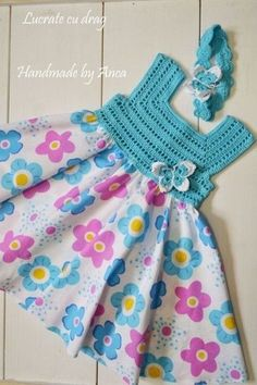 """diy_crafts- This post was discovered by M. """"A Collection of Crochet Girls"""", """"Para la princesa en turquesa \""""Discover thousands of images about Crochet Dress Girl, Baby Girl Crochet, Crochet Baby Clothes, Crochet Dresses, Crochet Yoke, Crochet Fabric, Diy Crochet, Irish Crochet, Crochet Ideas"""