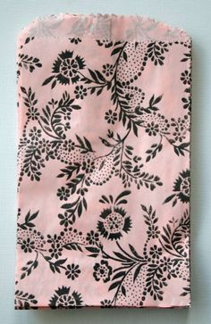 Set of 25 - Recycled - Floral Print Blotter Paper Bags - 5 x 8 - Pink and Black Floral