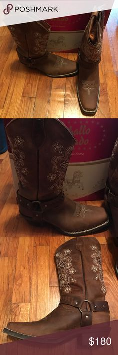 "Embroidered, genuine leather cowboy boots These approximately size 9 ladies cowboy boots were bought in boot city (Cuauhtemoc, Mexico). Only worn twice - foot surgery won't allow my foot to fit these anymore. Flex sole is amazing & they are super comfortable. Boot shaft went to my knee but I'm 5'3"". Comment if you have questions. Caballo Dorado Shoes Heeled Boots"