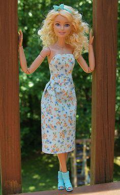 Spring Time x Barbie Dolls Diy, Barbie Fashionista Dolls, Barbie Doll House, Barbie Life, Barbie Dress, Barbie Stuff, Sewing Barbie Clothes, Barbie Clothes Patterns, Doll Clothes