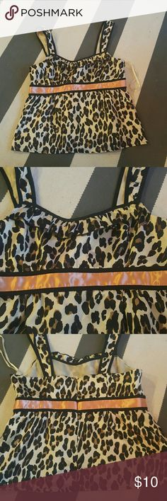 Nine West 6 leopard print tank size 6 worn once small pull on back lined Nine West Tops Tank Tops