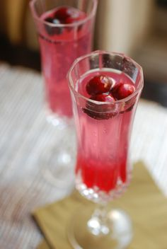 The Cranberry 75 Cocktail
