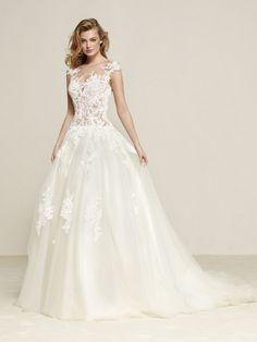 Vestidos de novia con escote corazón, ¡para las más románticas! #Bodas #Wedding #MatrimonioColombia #Matrimonio #VestidosNovia
