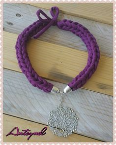collier trapilho violet rosace