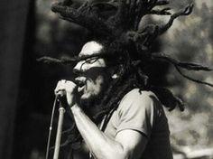 Bob Marley Videos, Lyrics, Full Albums & Bios | https://sonichits.com/artist/Bob_Marley