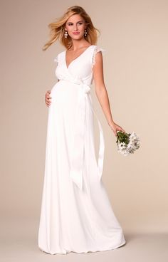 Rosa Maternity Wedding Gown Long Ivory White - Maternity Wedding Dresses, Evening Wear and Party Clothes by Tiffany Rose Kleider 👗 Tiffany Rose, Maternity Beach Dresses, Maternity Wedding, Wedding Party Dresses, Bridal Dresses, Sheath Wedding Gown, Pregnant Wedding Dress, Couture, Beautiful