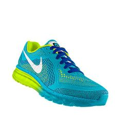 NIKEiD womans running shoes