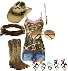 Not boots and hat and necklace only shorts and tantop Country Style Outfits, Country Girl Style, Country Fashion, My Style, Southern Style, Southern Outfits, Country Girl Clothes, Country Dresses, Southern Comfort