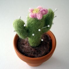 felted cactus pin cushion