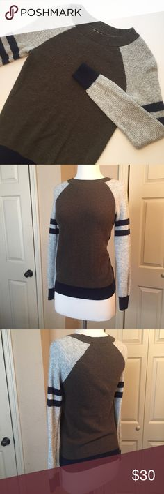 J. Crew Thermal Sweater Baseball Tee The casual, cute print of a baseball tee with the cozy warmth of a thermal sweater! So perfect for fall and winter! Size XS J. Crew Sweaters