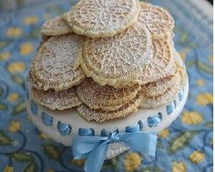 25 Days of Christmas Cookie Recipes: Day 8--Pizzelle Cookies