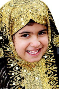 beautiful little girl from Bahrain - البحرين Tradition dress by Ali Thamer