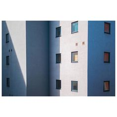 "Niall Miller on Instagram: ""12 windows. . . . . . . . . . . . . . . . . . . . #miksang #thezonezine #photoconversa #unusuallyminimal #neotopographics #fndit…"" Shadow Play, Zine, Desktop Screenshot, Windows, Photo And Video, Instagram, Window, Shadow Theater"