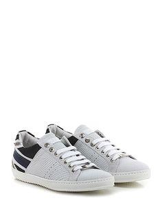 JOHN RICHMOND - Sneakers - Uomo - Sneaker in pelle stampa pitone e crosta stampa pitone vintage con lavorazione english flag su retro. Suola in gomma, tacco 25. - ICE\BLACK - € 205.00