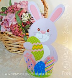A free printable 3D #Easter bunny decorations template from http://partyplanningcenter.blogspot.com/2012/03/easter-decorations.html
