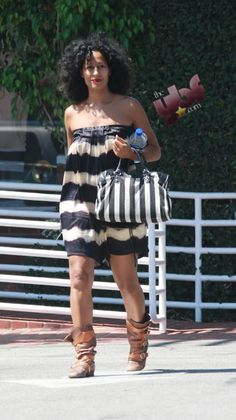 I would so recreate this Tracee Ellis Ross look Tracy Ross, Tracey Ellis, Summer Outfits, Cute Outfits, Tracee Ellis Ross, Love Her Style, Swagg, Nice Dresses, Beautiful People