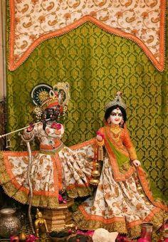 Radha Krishna Pictures, Radha Krishna Photo, Radha Krishna Love, Krishna Photos, Shree Krishna, Radhe Krishna, Radha Radha, Lord Krishna Wallpapers, Laddu Gopal