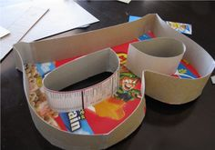 DIY Paper Mache Letter- made out of cereal boxes (Better than any you could buy at the store.) somehow cover the top with glass so you can put things in the letter? Paper Mache Letters, Diy Letters, Large Letters, Fun Crafts, Crafts For Kids, Arts And Crafts, Diy Projects To Try, Craft Projects, Diys
