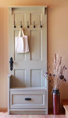 25 DIY Wonderful Ideas for Reusing Old Doors