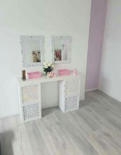 Vanity Mirror, Deco, Vanity, Decor, Inspiration, Furniture, Home, Furniture Hacks, Home Decor