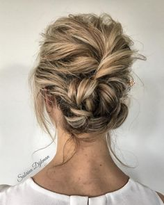 36 messy wedding hair updos for a gorgeous rustic country 79 beautiful bridal updos wedding hairstyles for a romantic 41 … Bridal Hairstyles With Braids, Messy Hairstyles, Wedding Hairstyles, Updo Hairstyle, Updos With Braids, Relaxed Hairstyles, Chignon Hair, Quinceanera Hairstyles, Bun Updo
