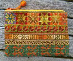 Cross Stitching, Cross Stitch Embroidery, Hand Embroidery, Needlepoint Designs, Needlepoint Canvases, Cross Stitch Designs, Cross Stitch Patterns, Dragonfly Cross Stitch, Modern Tapestries