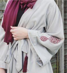 hijab and abaya Muslim Women Fashion, Islamic Fashion, Modest Wear, Modest Outfits, Abaya Fashion, Modest Fashion, Fashion Outfits, Modern Abaya, Hijab Style