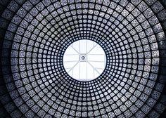 Hommage au QR Code    Le QR code a été l'axe architectural choisi pour le pavillon Russe à la Biennale d'Architecture de Venise 2012.