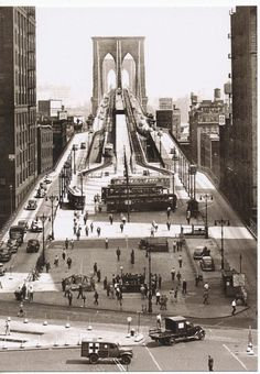 Vintage 1945 Brooklyn Bridge - New York City NYC New Post Card - photographer unknown Vintage New York, Vintage Modern, Brooklyn Bridge, Brooklyn City, Old Pictures, Old Photos, New York City, Photo New York, Photos Rares
