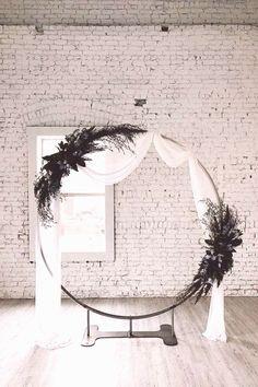 Moon Wedding, Lilac Wedding, Floral Wedding, Wedding Bouquets, Wedding Arch Tulle, Gothic Wedding, Nautical Wedding, Arco Floral, Moon Gate