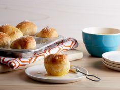 Garlic Butter Dinner Rolls Recipe : Ree Drummond : Food Network - Pioneer Woman