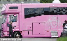OMG!!! My future horse trailer :0)