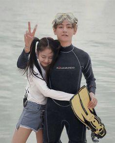 Taehyung x Jennie Kim Jennie, Jenny Kim, Kpop Couples, Cute Couples, Bts Girl, Korean Couple, Ulzzang Couple, Blackpink And Bts, Bts Taehyung
