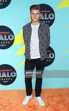 Actor Owen Joyner attends the Nickelodeon Halo Awards 2017 at Pier 36 on November 4, 2017 in New York City.