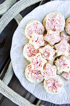 candy cane crunch cookies