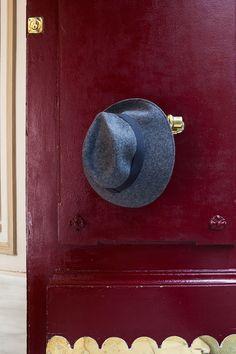 Hoss Intropia - Otoño-Invierno 2014-2015 Hats, Life, Fashion, Fall Winter 2014, Over Knee Socks, Accessories, Colors, Moda, Hat