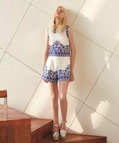 Lily Brown(リリーブラウン)のタイル柄刺繍ショートパンツ(パンツ)|オフホワイト