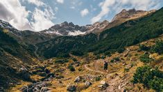 Der Venet ist ein Bergstock der Ötztaler Alpen bei Landeck im Westen Tirols.  Foto von Florian Urigüen Mountain Photos, Snow Mountain, Mountain Man, Time Lapse Photo, Foggy Mountains, Mountain Landscape, Best Funny Pictures, Free Images, Landscape Photography