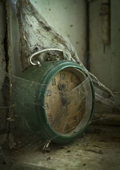 Evidence of time and abandonment. As time goes on things are forgotten and left behind, evidence of this is left everywhere whether it be a rusty object or an abandoned house. Spiderweb, old clock. Abandoned Mansions, Abandoned Buildings, Abandoned Places, Whats Wallpaper, Belle Photo, Old Houses, Creepy, Beautiful Places, The Past