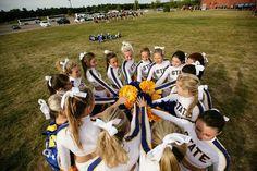 Team Huddle College Cheer, Cheerleading, Animals, Animales, Animaux, Animal, Animais, Cheer, College Cheerleading