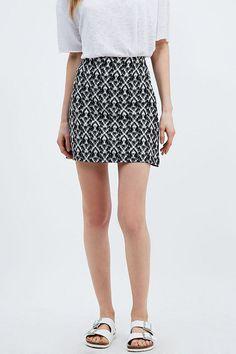 Staring at Stars Geo Print Pelmet Skirt in Mono - Urban Outfitters