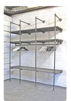 Lucy Grey Washed Reclaimed Scaffolding Boards and Dark Steel Pipe Industrial Open Wardrobe / Dressing Room Fixture System by Inspirit Deco Pipe Closet, Closet Bedroom, Walk In Closet, Closet Wall, Diy Bedroom, Pipe Furniture, Industrial Furniture, System Furniture, Furniture Plans