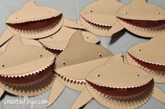 It all starts with these adorable (+menacing) shark invitations. Watch out, they bite!